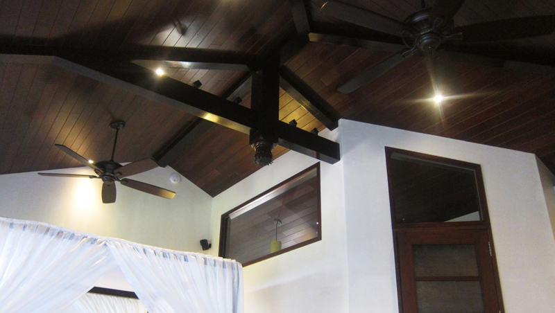 Roof structures 1globalsource for Clerestory roof truss design